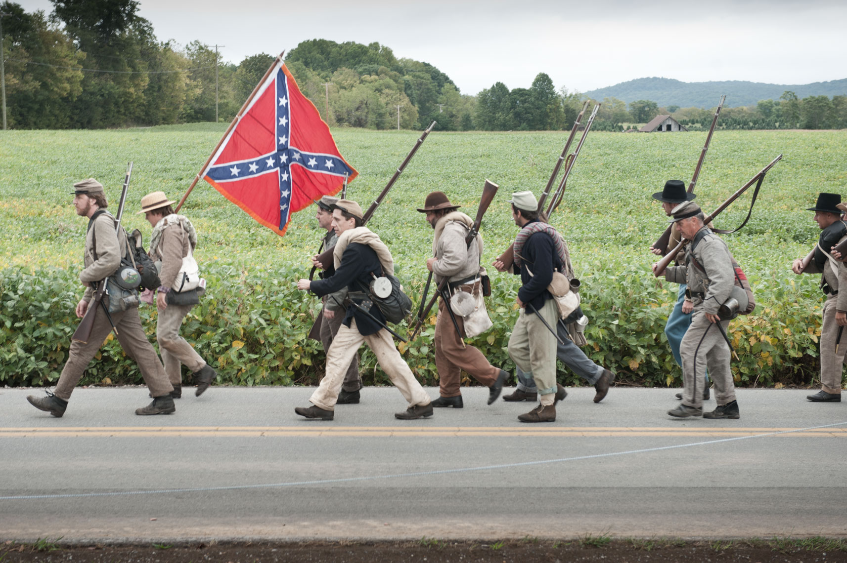 Civil War reenactors at Antietam, by Virginia photographer Mike Morgan.
