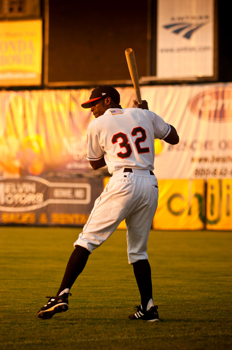 Bowie Baysox pregame, by sports photographer Mike Morgan.