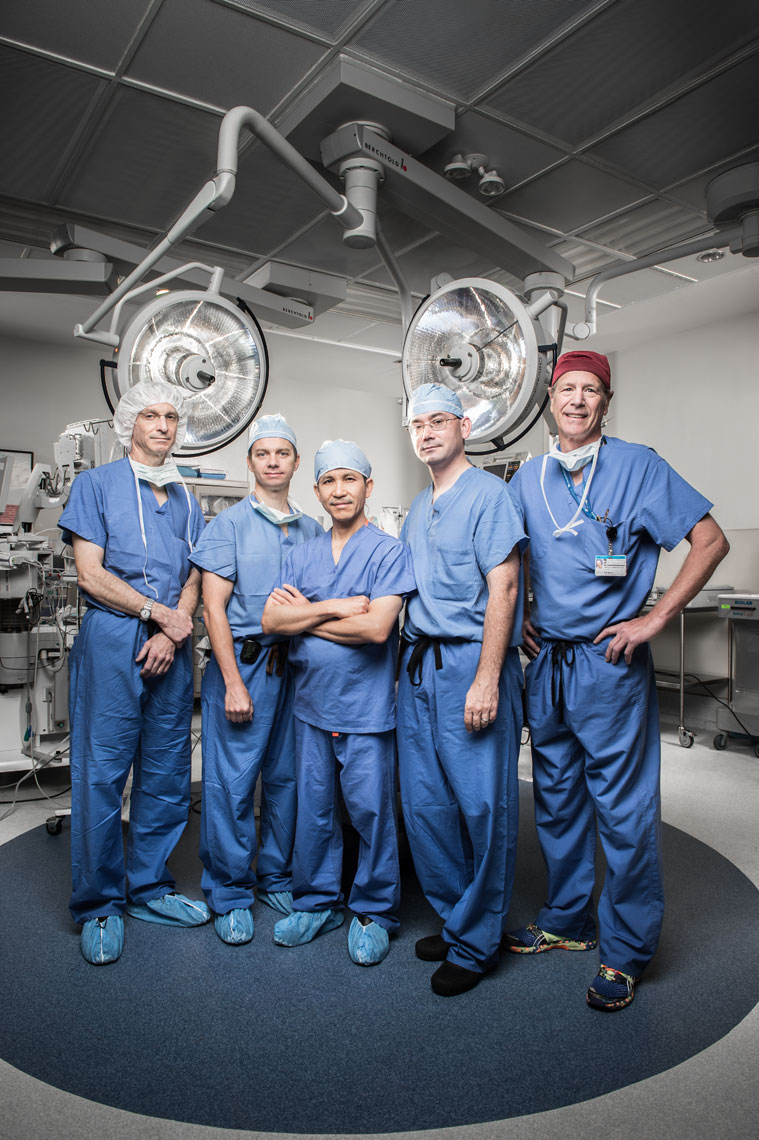 The University of Maryland transplant team standing in the operating theater, wearing scrubs