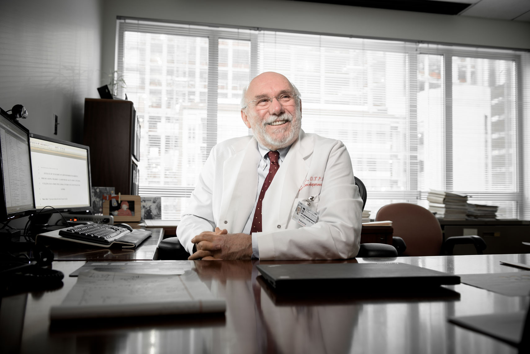 Dr. Myron Levine, healthcare photography by Mike Morgan